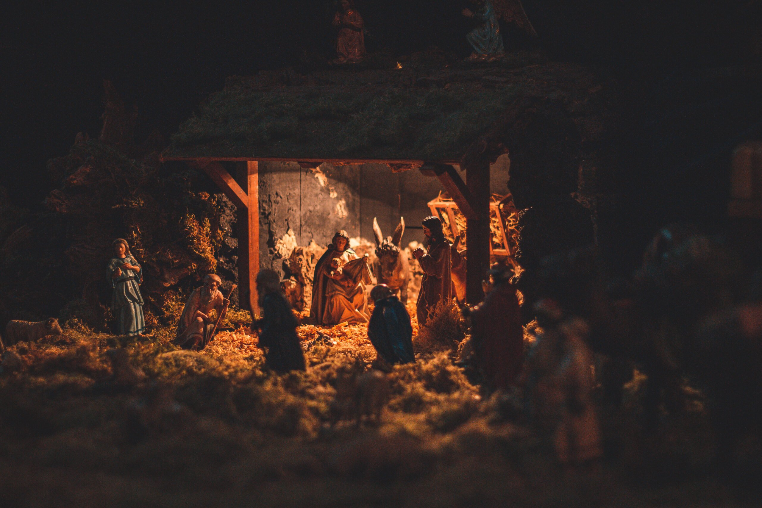 Nativity Scenes and Christmas Greetings